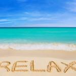 【インテリアの差し色】夏を快適に過ごすには「青」が最適!