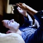 【夜寝れない時】眠る方法は今持ってるスマホを手放すこと
