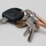 【緊急】滑りの悪い鍵穴をスプレーなしでスムーズにする方法
