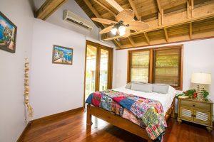 beach-house-interior-1505461_640-%e3%81%ae%e3%82%b3%e3%83%92%e3%82%9a%e3%83%bc-2