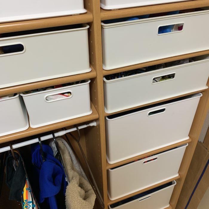 衣類の収納棚